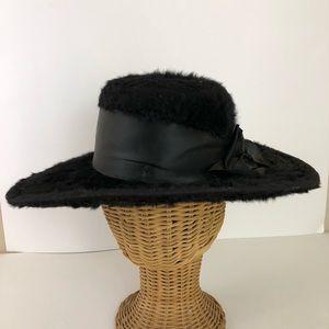 Accessories - Victorian Beaver Hat c1900's